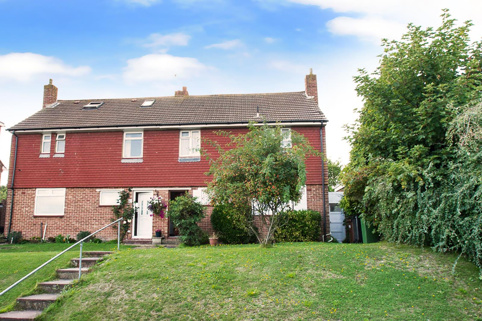 3 Bedrooms Property for sale in Rangemore Drive, Eastbourne
